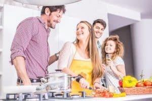 Faire la cuisine to cook
